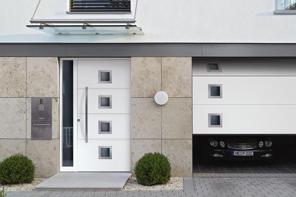 Гаражные боковые двери Hörmann